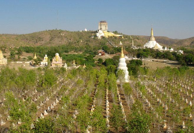 Bodhi-Tahtaung-Pagoda-MonywaMyanmar